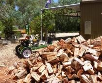 adelaide-hills-wood-splitting-for-firewood